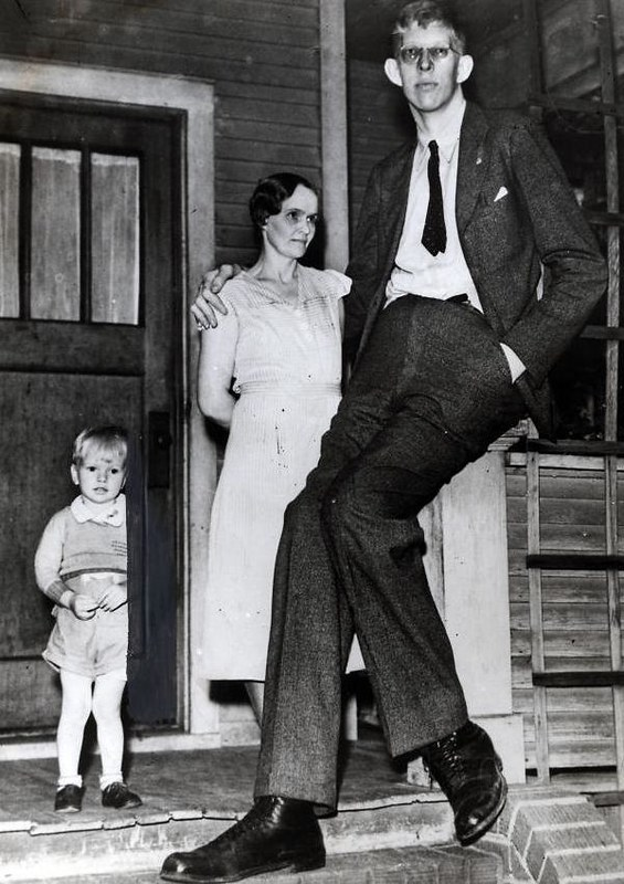 tallest-man-in-history