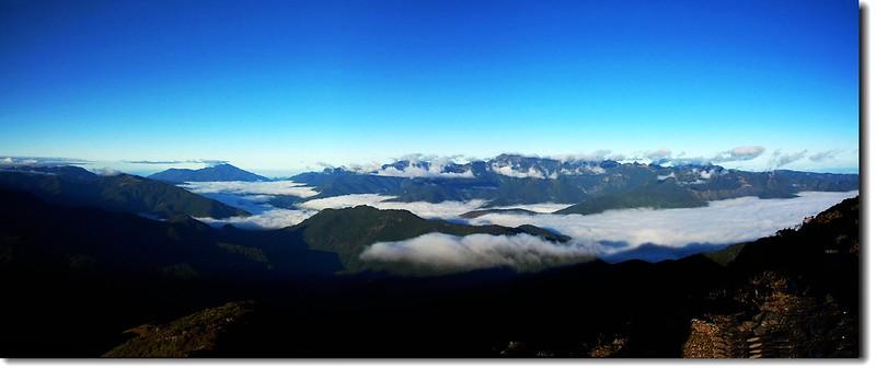 白姑、雪山山脈(From 南湖大山遠眺西南) 2