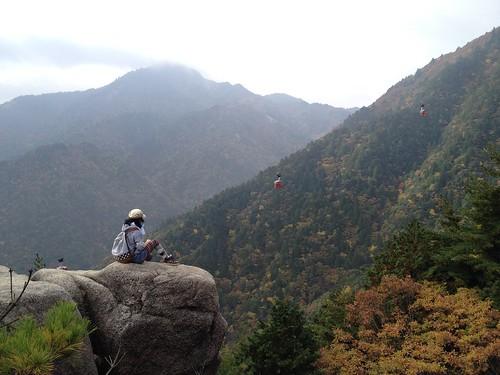 御在所岳 5合目の岩壁