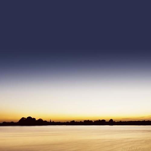 longexposure sunset lake color colour silhouette skyline bluehour treeline fendrayton