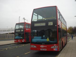 Metrobus 895 (54), 884 (75), Elmers End