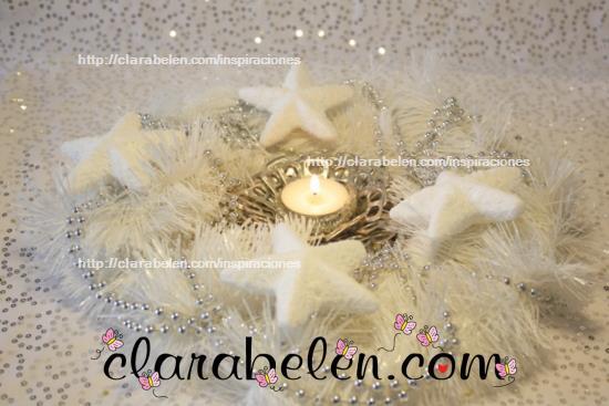 Como decorar una corona o portavelas en blanco y plata