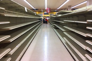 Empty aisle at Dominick's