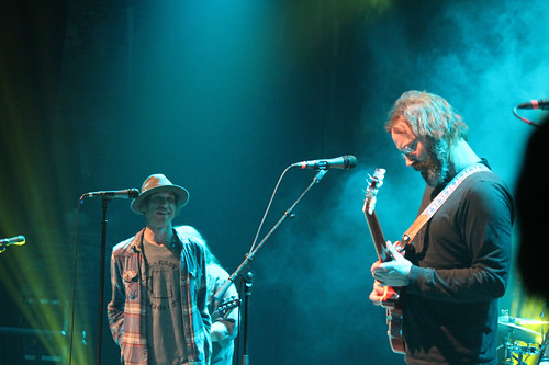 Todd Snider smile, Neal Casal