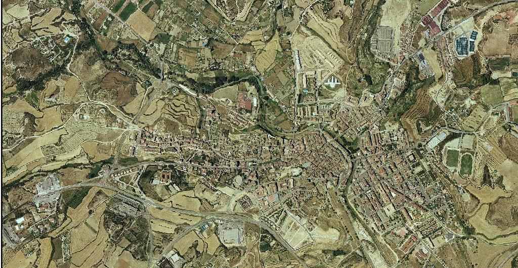 barbastro, huesca, la última en tener dos entradas, la verdad es que larga vida al píxel, antes, urbanismo, planeamiento, urbano, desastre, urbanístico, construcción
