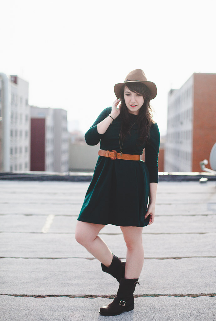 Retro green dress