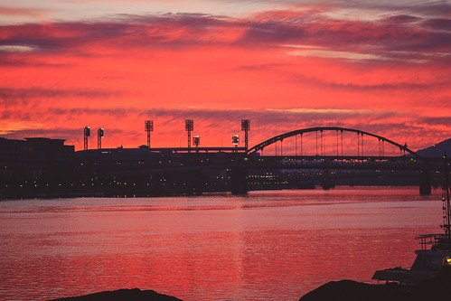 summer sun colors sunrise canon reflections river pittsburgh baseball pennsylvania pa pinksky pncpark alleghenyriver burgh ftduquesnebridge westernpa 60d sigma1750 pittsburghsunrise h182b32ba h2bfe3293