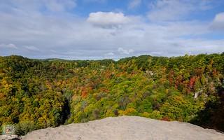 Autumn at Dundas Peak