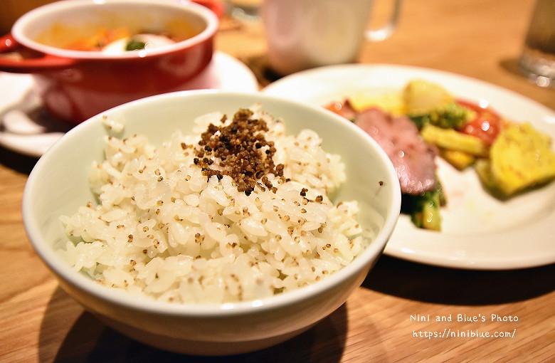 30053912426 00a807d9d3 b - Muji Cafe & Meal無印良品美食餐廳台中店開幕瞜!
