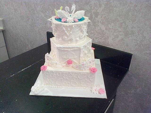 Cake by Brenda Pillay of BRENZ CAKE Artist