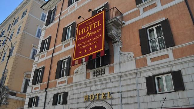 Roma Style Hotel