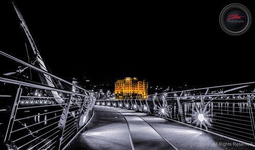 City Hotel from the Derry Peace Bridge by xxx zos xxx