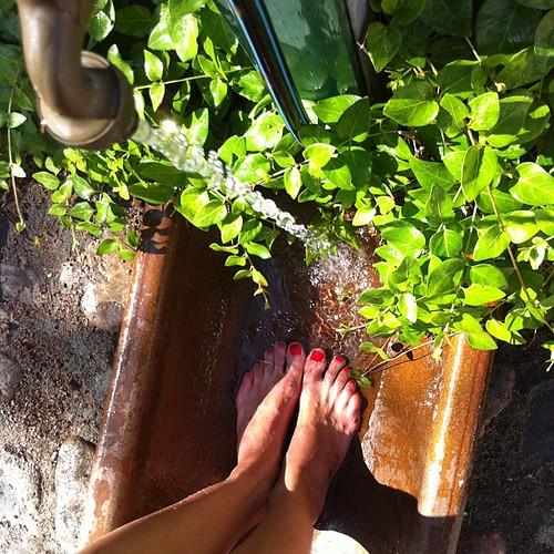 Låt mig säga såhär: sommarfötterna behövde tvättas av efter att ha gått barfota i hagarna hela dagen.