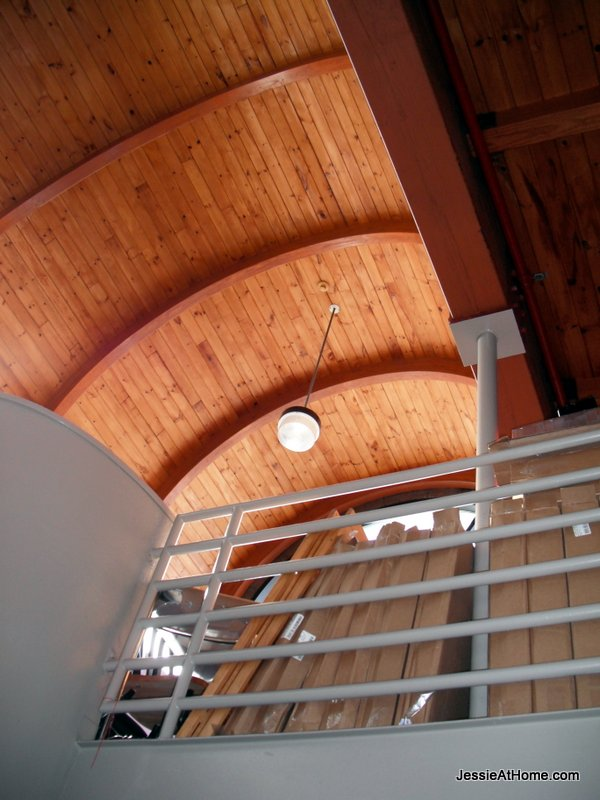 B&G-Club-pretty-ceiling