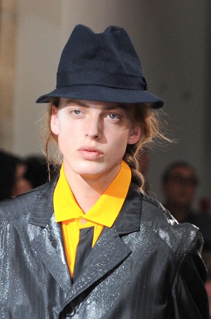 Erik Andersson3157_SS14 Paris Yohji Yamamoto(fashionising.com)