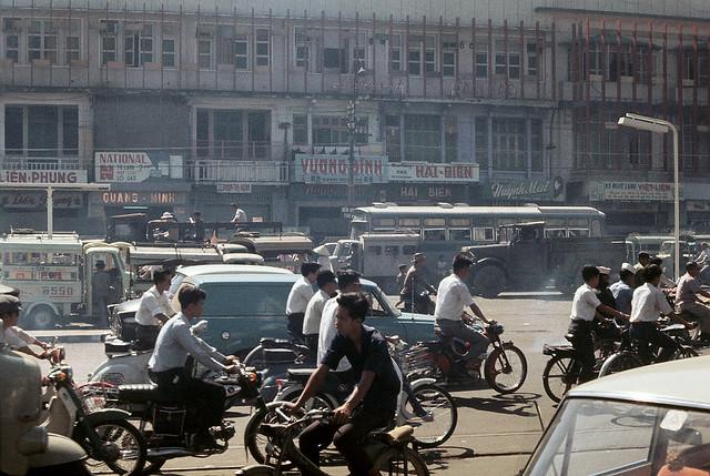 Saigon 1969-70 - Đường Phạm Ngũ Lão, phía xa là đường Trần Hưng Đạo