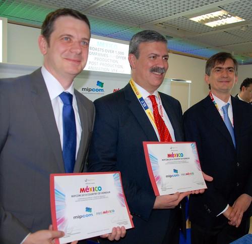Nombran a México País de honor en MIPCOM 2014