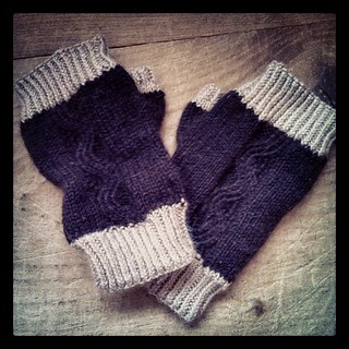 Finally got my #Alpaca #mitts off the needles! #knitstagram #knitting