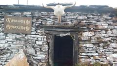 stone hut on chele la
