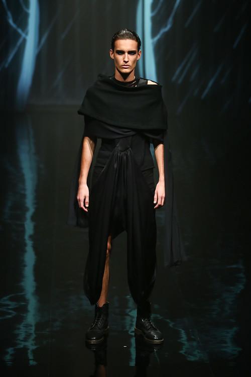 Dzhovani Gospodinov3099_SS14 Tokyo alice auaa (Fashion Press)