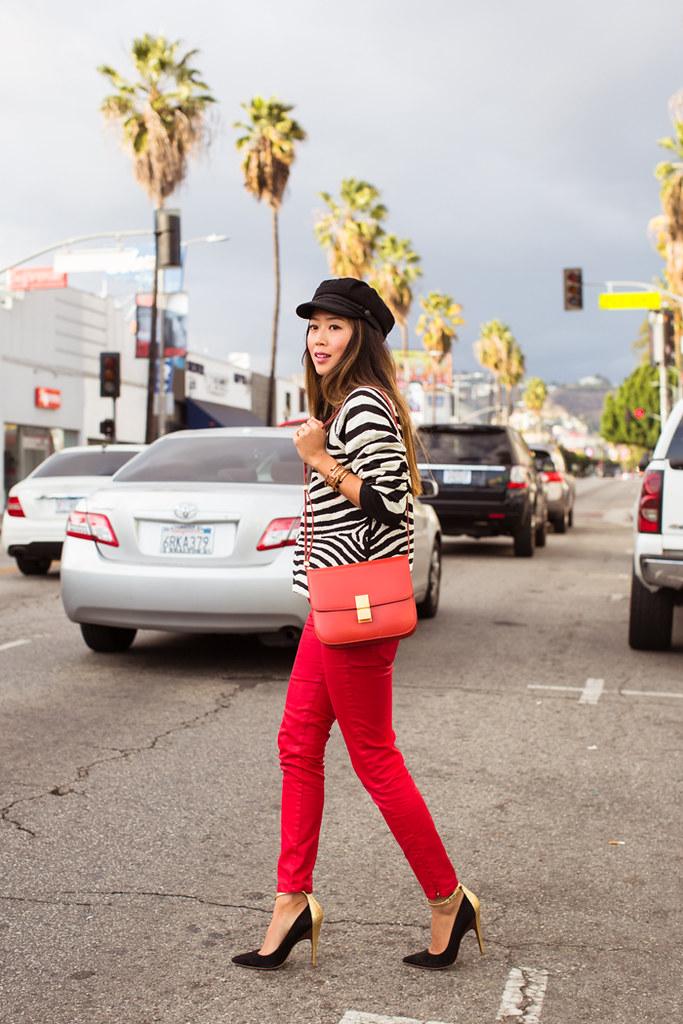 songofstyle_zebrasweater_redpants