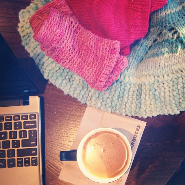 Today's office, piled with hand knits, aka Survival Gear. (That's a Malabrigo beret, crocheted handwarmers in @mercedesknits yarn, and my own hand spun in @_leethal_'s Betiko.)