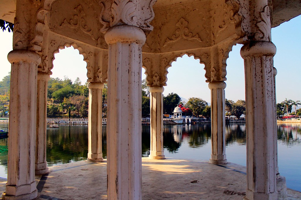 Udaipur - water, pillars, architecture