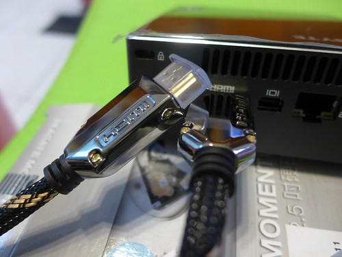技嘉BRIX超微型電腦-GB-BXi3-4010