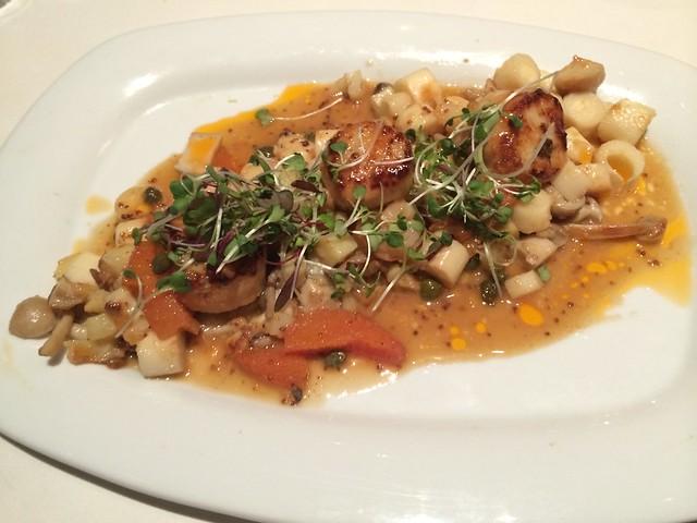 Caramelized diver scallops - Tarla Mediterranean Grill