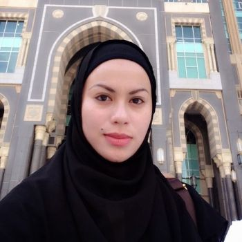 Rabecca Nur Al-Islam Kini Berhijab