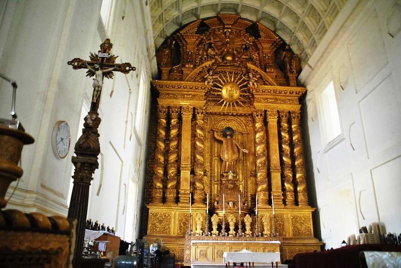 85 Visita a San Francisco Javier en Goa (4)