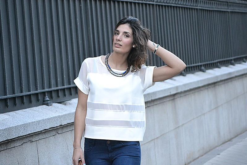 camiseta blanca mulaya