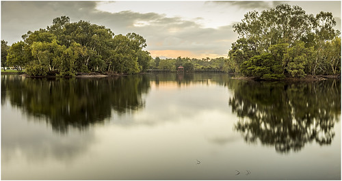 longexposure light lake reflection nature water landscape dawn sony sigma australia alpha westernaustralia daybreak nd400 a65 neutraldensity tomatolake kewdale slta65 stevekphotography