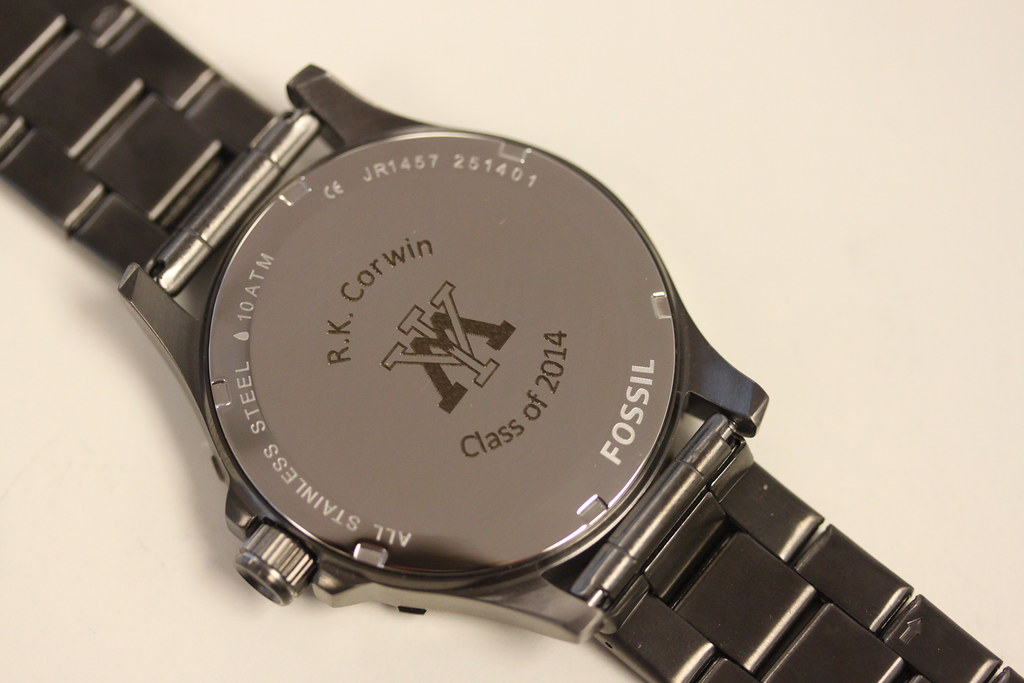 Laser engraved watch in a flash laser ipad laser engraving boutique printing laser cutting for Watches engraved