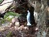 Hameau de Pruna : une statue de la Vierge dans le hameau