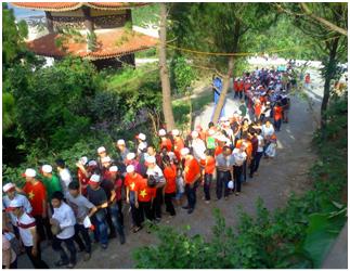 Về quê hương Đại tướng Võ Nguyên Giáp tham dự HNNV 2014
