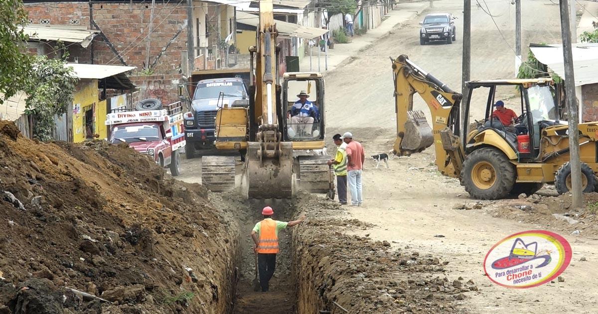 Obra de encauzamiento de aguas lluvias en Bellavista Alta