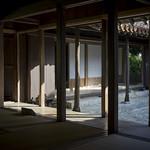 pillars 中城の中村家住宅の美しい柱群です。It is a traditional house in Okinawa. SONY a7 + Voigtländer Nokton Classic 40mm F1.4