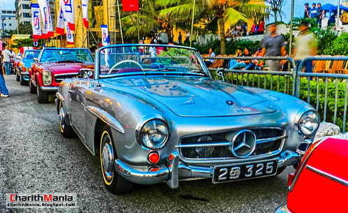 Classic Cars Sri Lanka by CharithMania