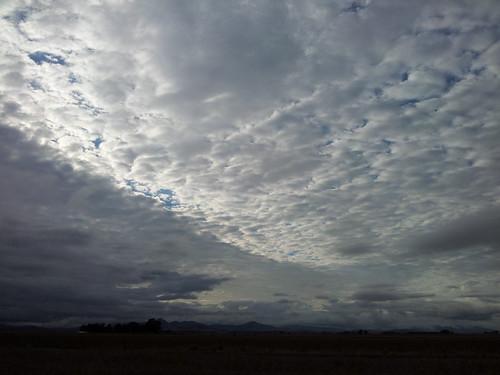 Cloudy skay