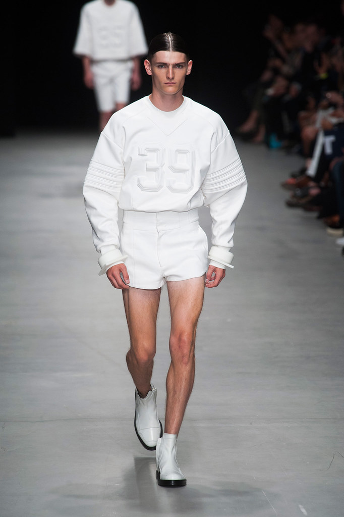 SS14 Paris Juun J.001_Alexander Beck(fashionising.com)