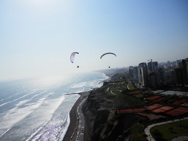 Paragliding in Lima - 3