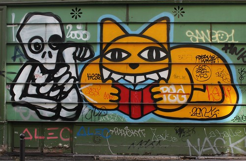 Mygalo + Monsieur Chat_3463 rue Bonaparte Paris 06