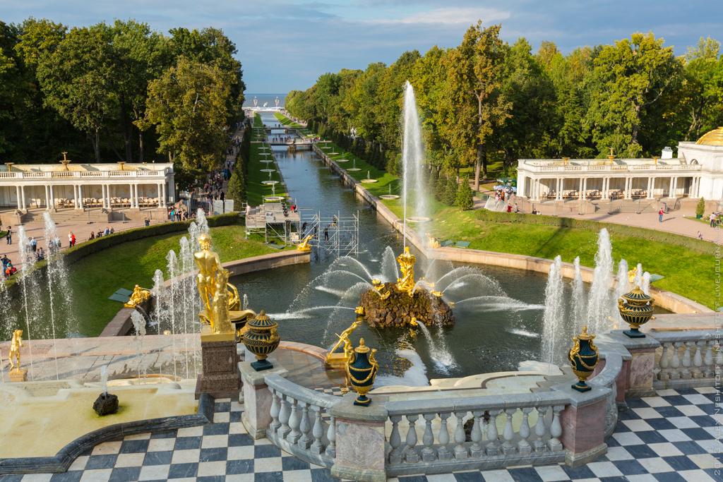 2013-Russia-Saint-Petersburg-Peterhof-032