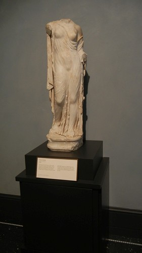 DSCN7279 _ Venus Genetrix, Roman, A.D 100-200, Getty Villa, July 2013