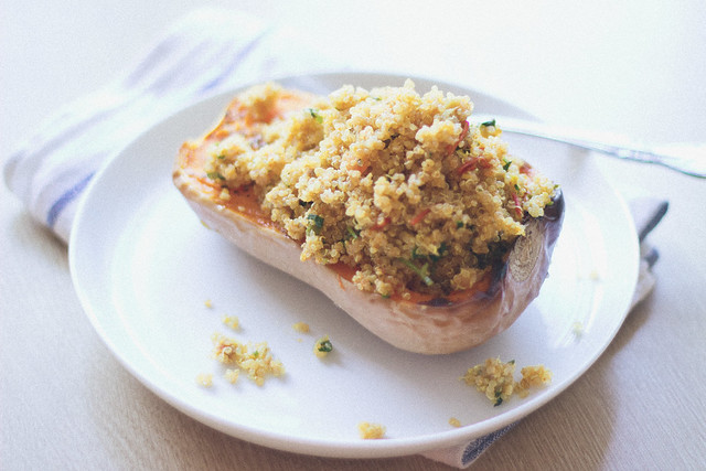 herb roasted butternut squash stuffed with curried quinoa via chevrons & éclairs