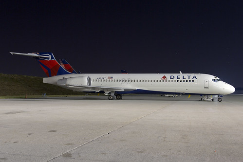 N935AT_KATL10OCT2013_1600NW