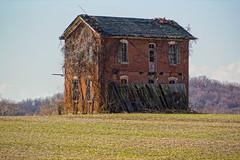 Old Houses & Buildings
