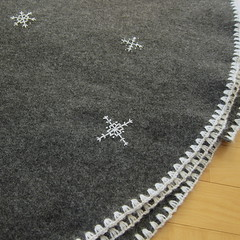 Snowflake Christmas Tree Skirt