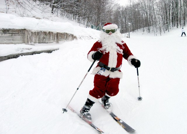 Skiing Santa (Shanty Creek)